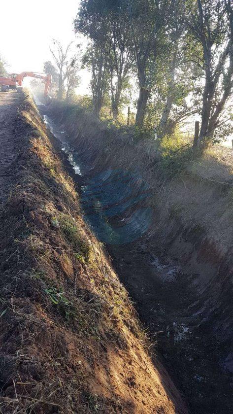"""Franconi: """"Seguimos trabajando en los canales pluviales de la ciudad"""""""