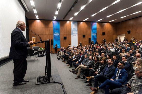 Semana Comex planteó los desafíos para la inserción internacional del país